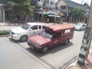 Songthaew en Chiang Mai, los de Bangkok son más chatarritas