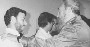 El Camarada Santiago con el Comandante Fidel